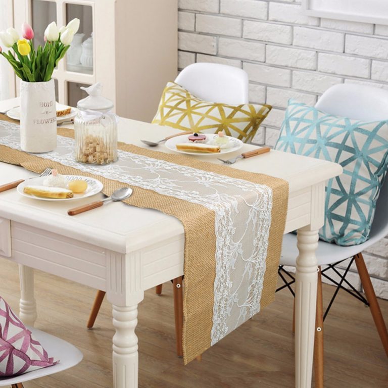 Burlap Table Runner ideas (1)