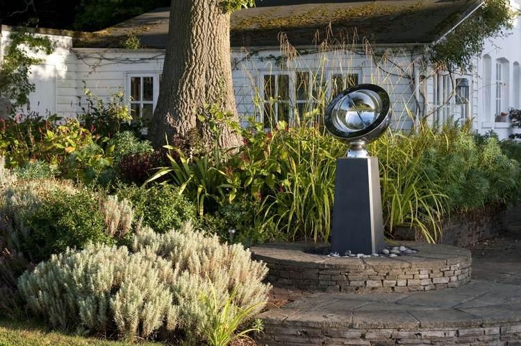Modern sculpture for garden (6)