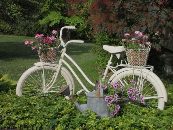 garden decorations from old bicycles8