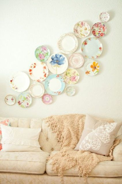 decorating walls with dishes10