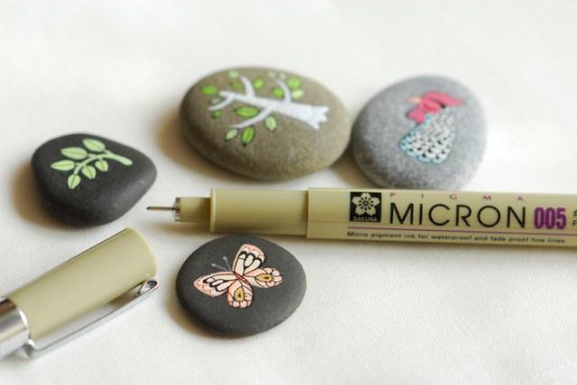 pebble painting ideas52