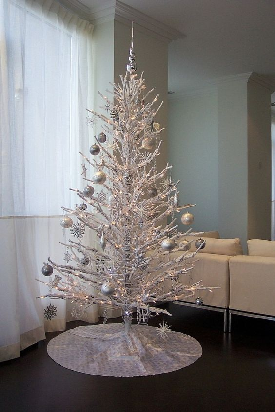 Branches Christmas tree (29)