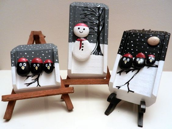 Christmas painting on stones and pebbles (2)