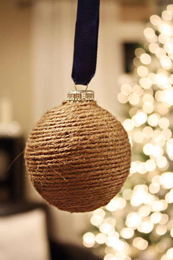 Christmas ornaments made of string (19)