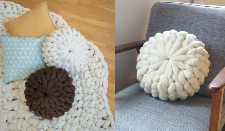 knitted decoration with thick yarns (32)