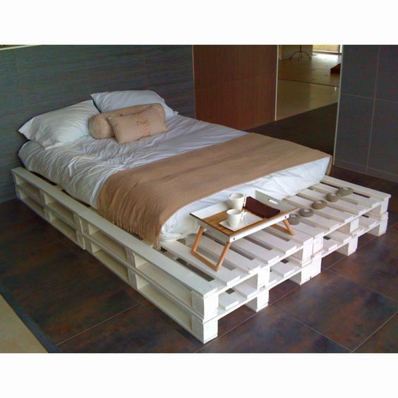 Pallets Bed Ideas14