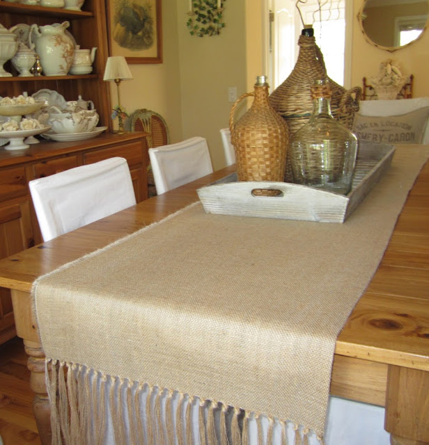 35 DIY table cover ideas with burlap | My desired home