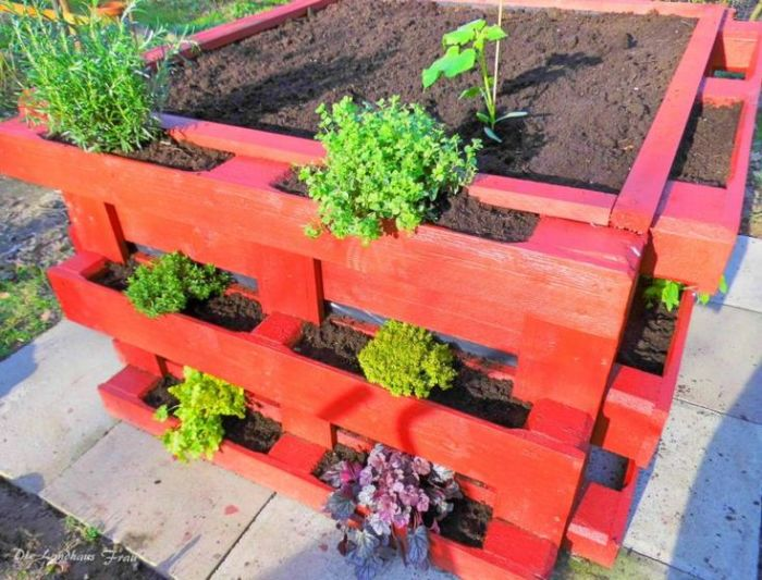 how to make most amazing square diy vegetable and flower beds with old pallets my desired home