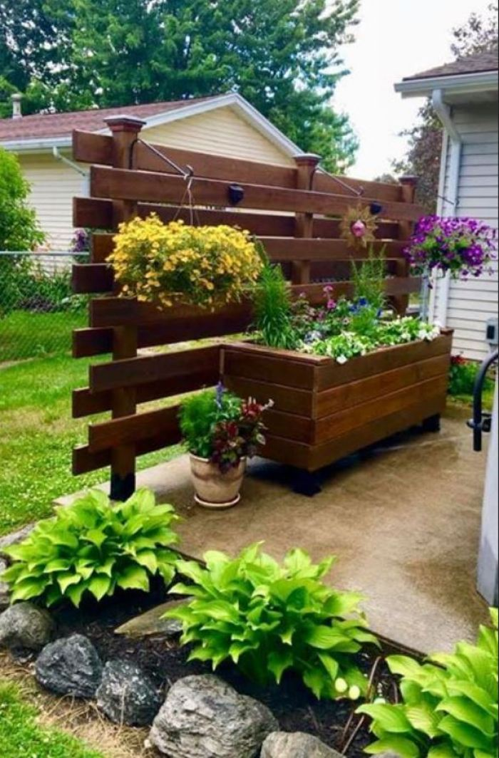 37 Top Wood Decorating Ideas For The Yard And Garden | My Desired Home