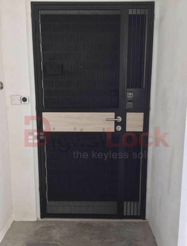 pet-friendly-vertical-mesh-hdb-gate-with-laminate-03