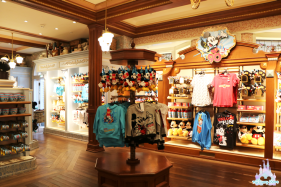 Mouse-Party-Merchandising-4