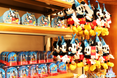 Mouse-Party-Merchandising-6