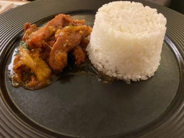 Porc à la sauce aigre douce et riz vapeur