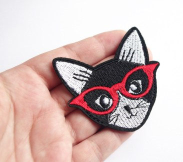 deco-patch-chat-a-lunette-rouge-animal-9237522-patch-chat-noir04f8-d528c_570x0