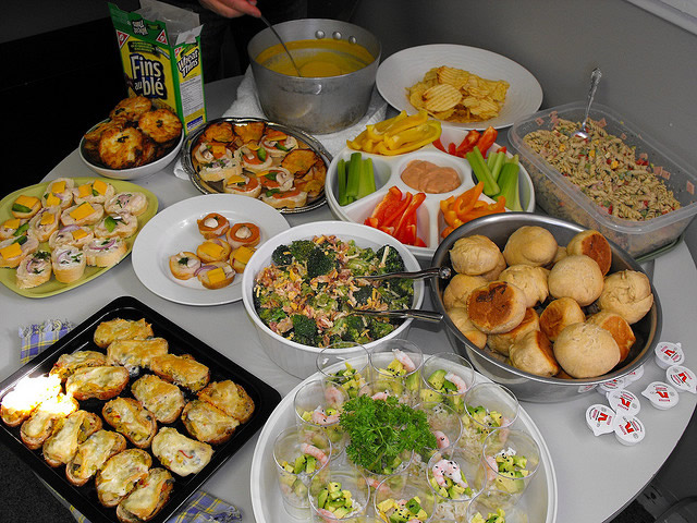 How To Plan The Perfect Office Potluck