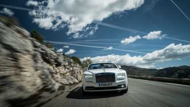 Rolls-royce Motor Cars Lights Up Europe's Summer Hotspots