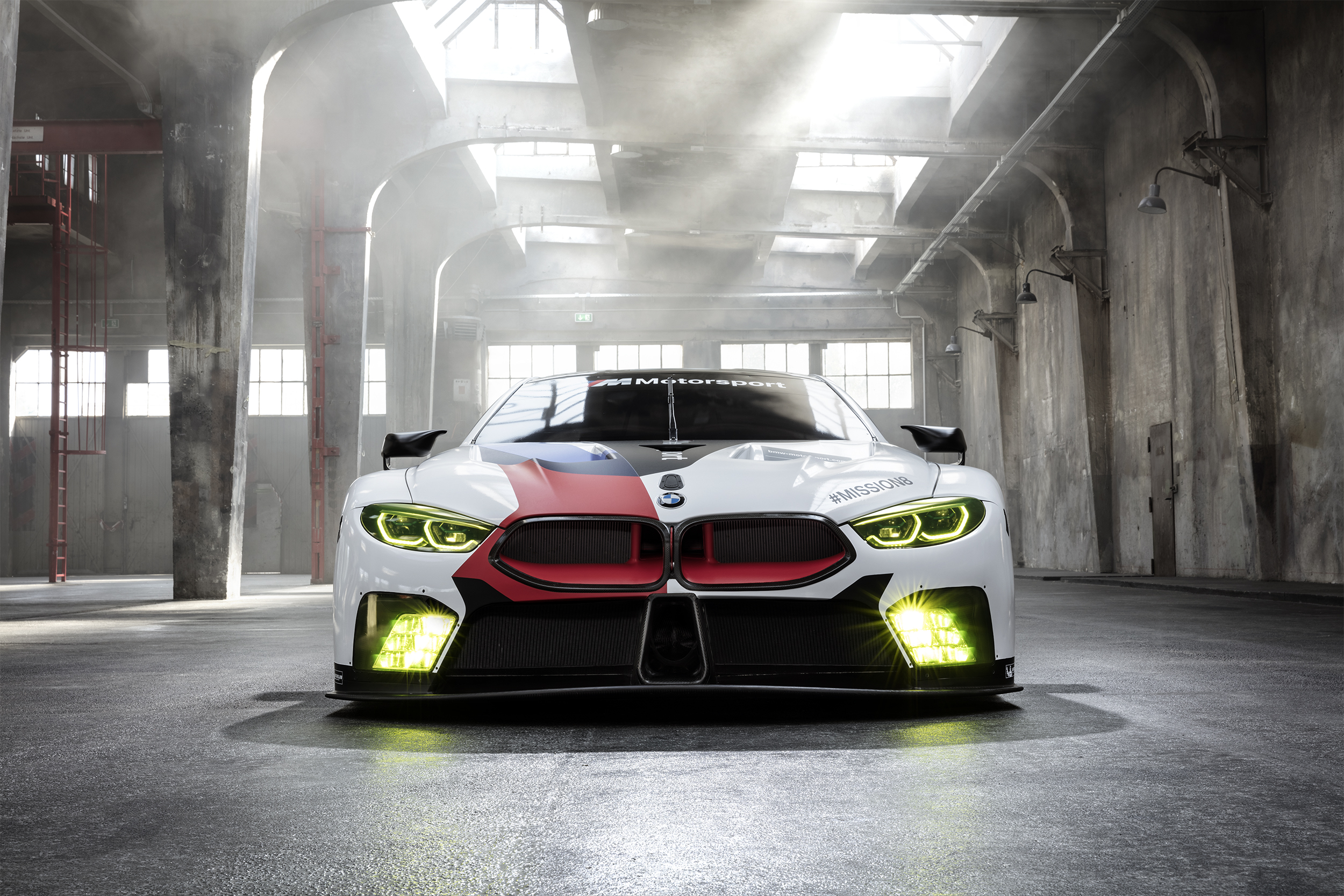 Innovative technology for a new legend: the new BMW M8 GTE