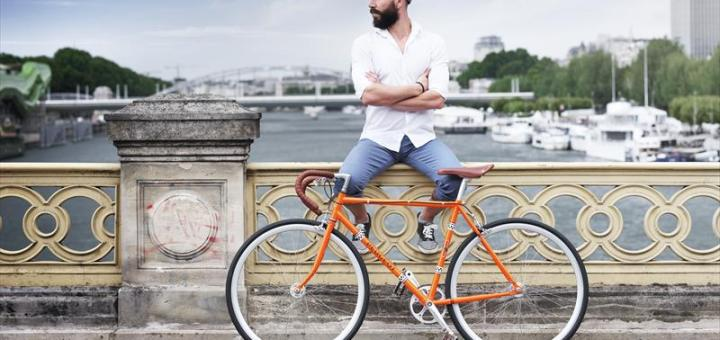 PEUGEOT presents its new LEGEND collection of bicycles and lifestyle products