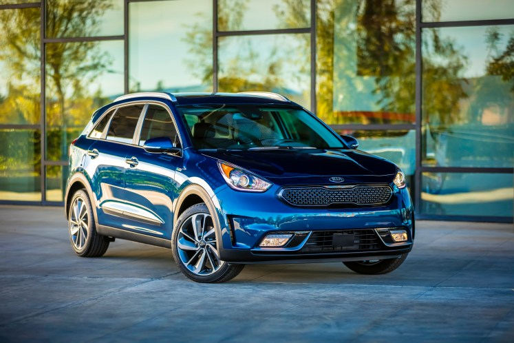 Kia Niro wins Green Car Journal's 2018 Green SUV of the Year