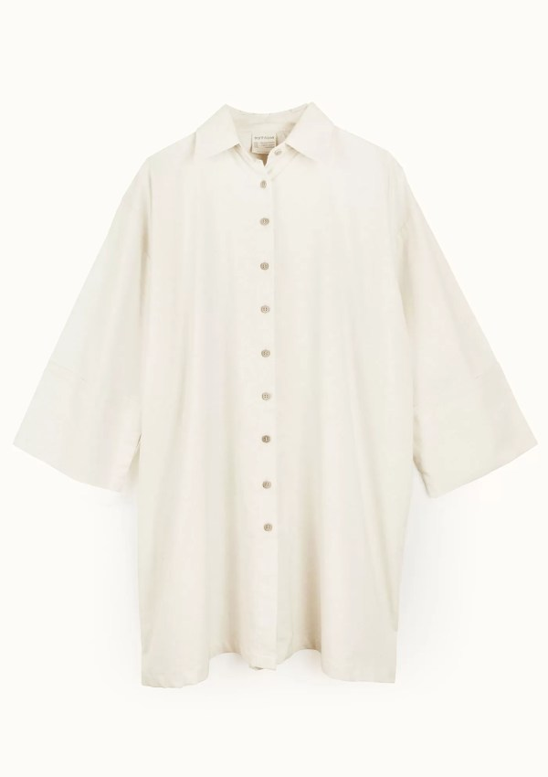 Beige cotton shirt with medium sleeves - front