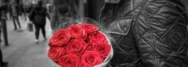 romantic Valentine's Gifts for her header