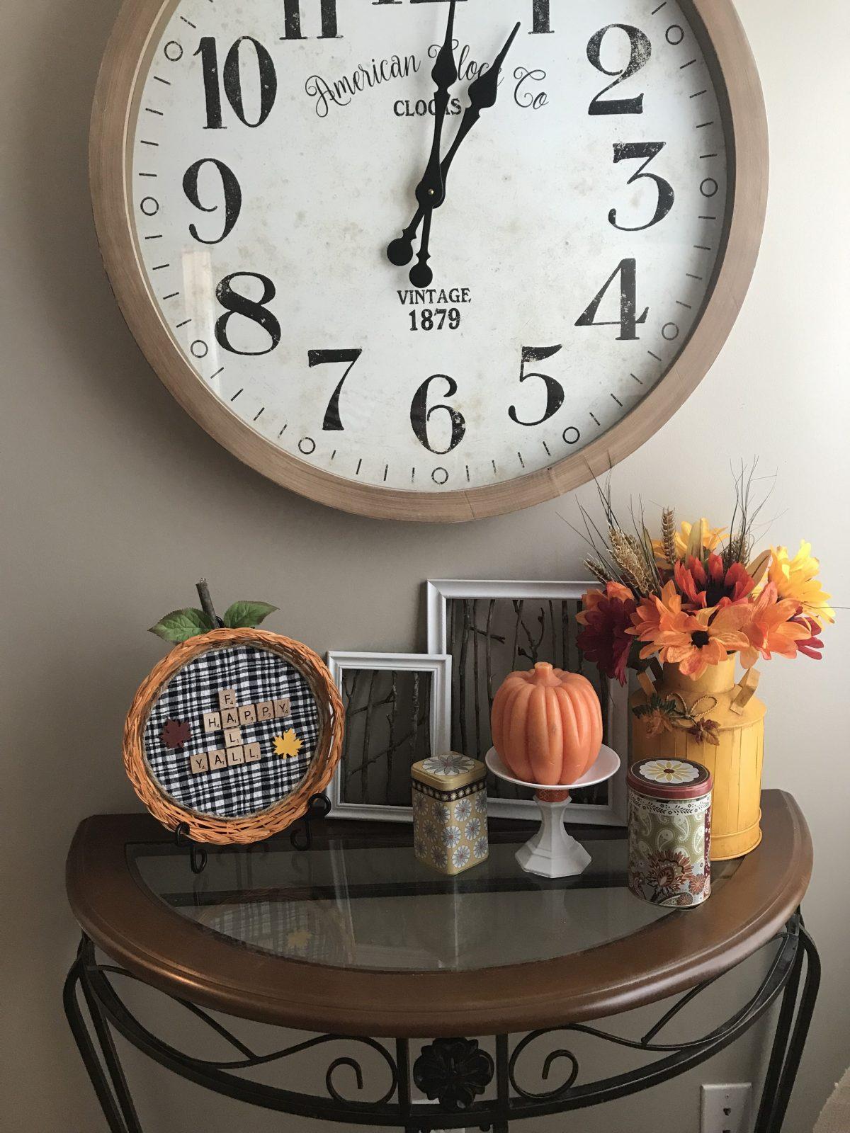 Straw Plate Pumpkins!