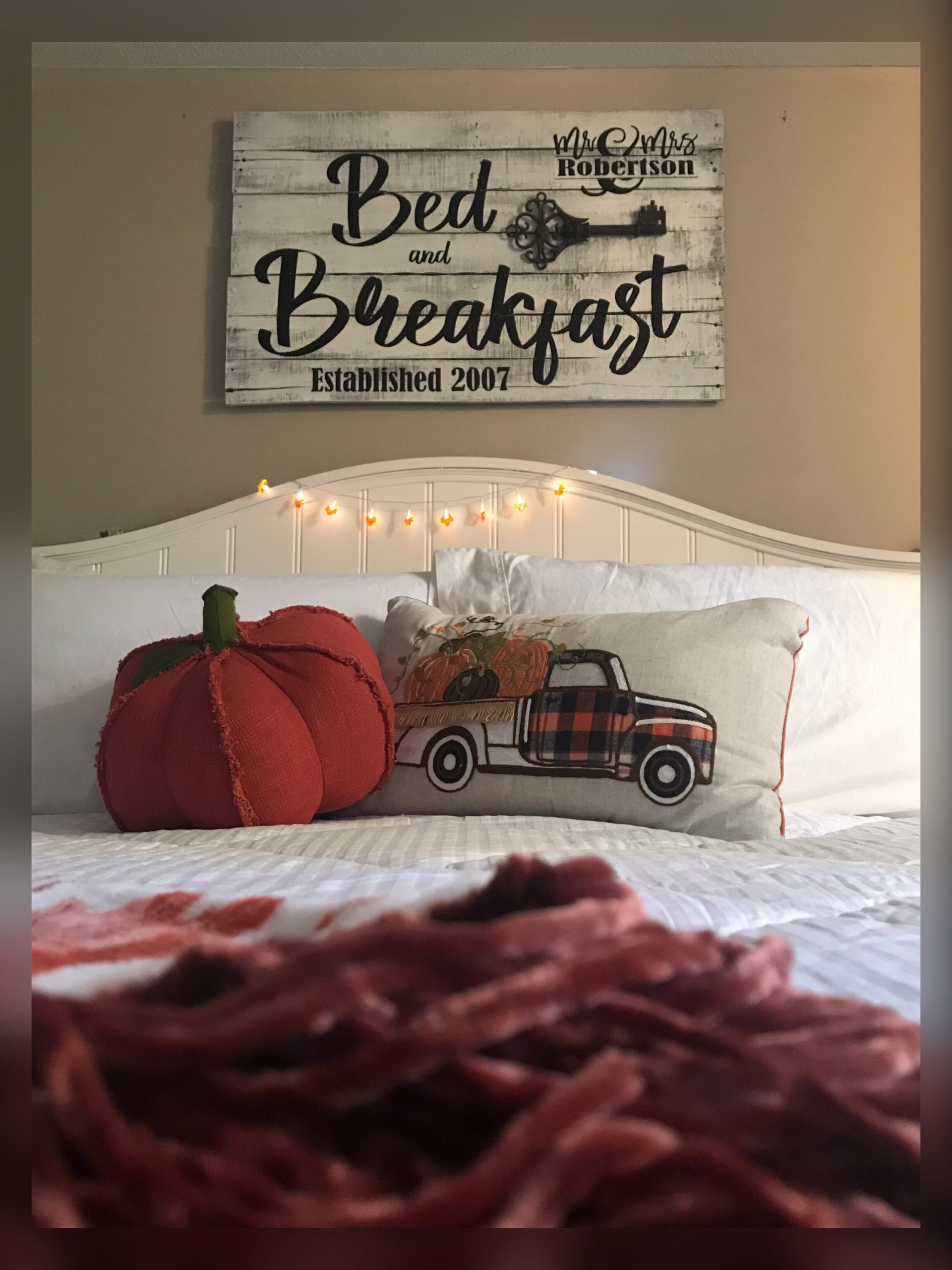 bed and breakfast pallet wood bedroom sign