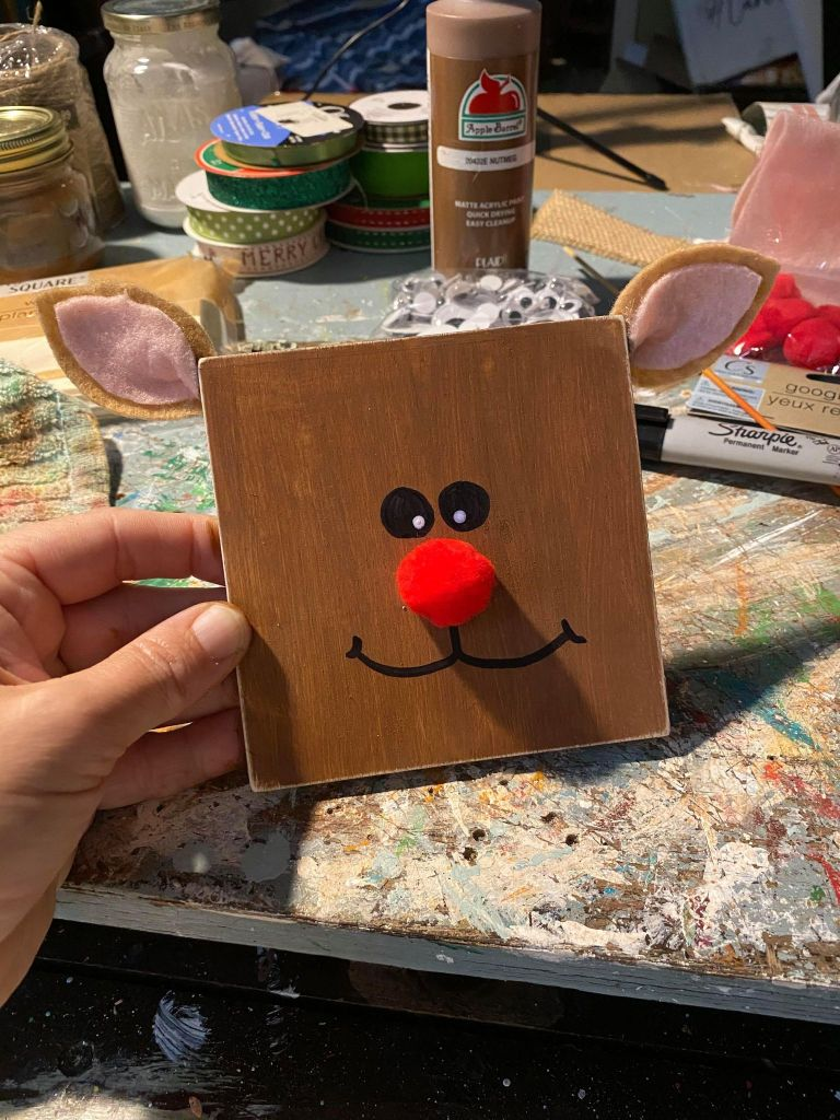 rudolph square head ornament for a Christmas tree using wood planks from the Dollar Tree