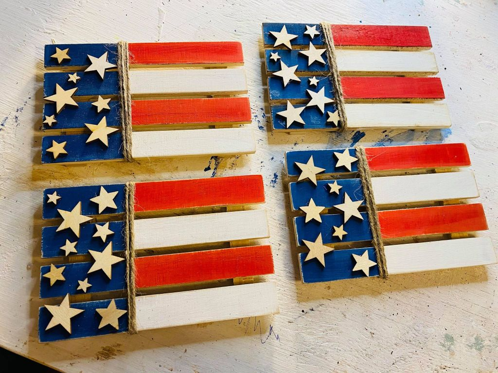 Dollar tree mini pallet decorated like a US flag