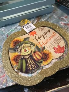 Read more about the article How to Makeover a Dollar Tree Pumpkin
