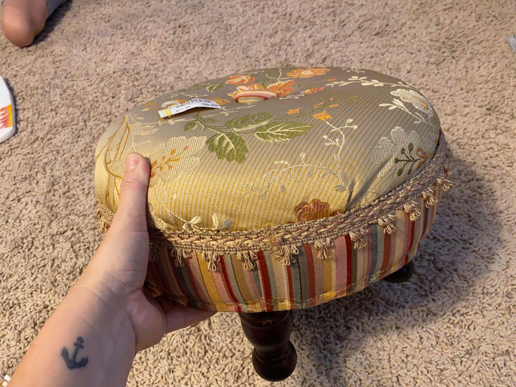 Read more about the article How to Transform a Thrifted Footstool into Something Fabulous!