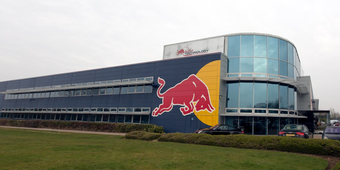 Red_Bull_Racing_factory_south-west
