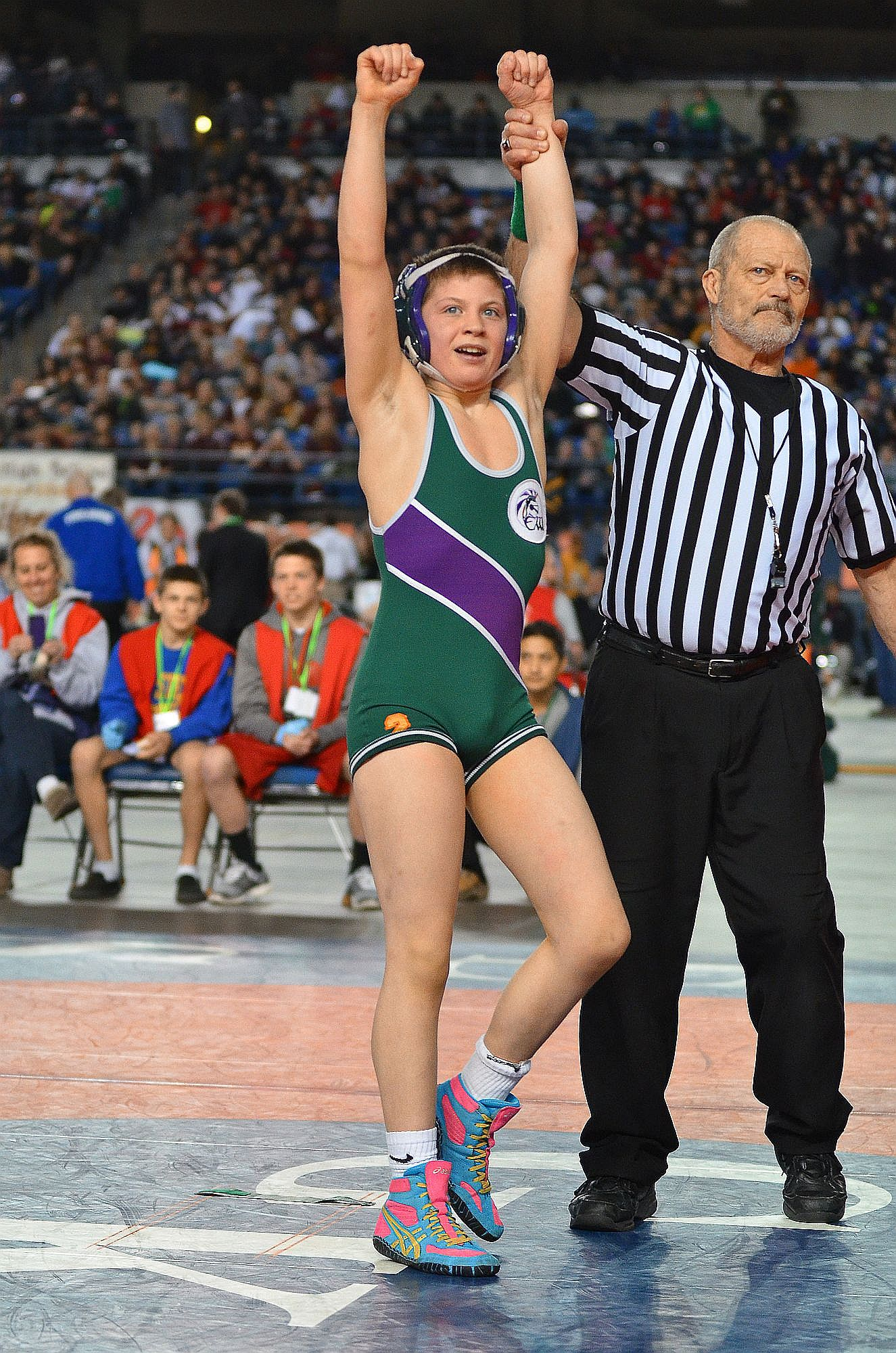 Noah Cuzzetto wins state wrestling title - My Edmonds News