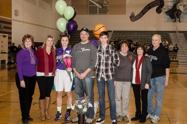 Sydney Eck with her family.