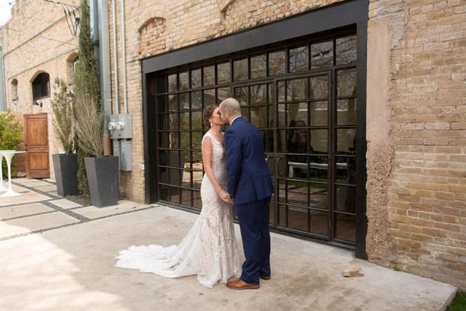 april-and-gonzo-austin-wedding-13