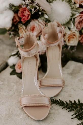 the_barn_at_riverbend_wedding_summer-3