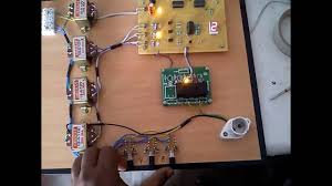 Microcontroller Based Automatic Phase Changer system