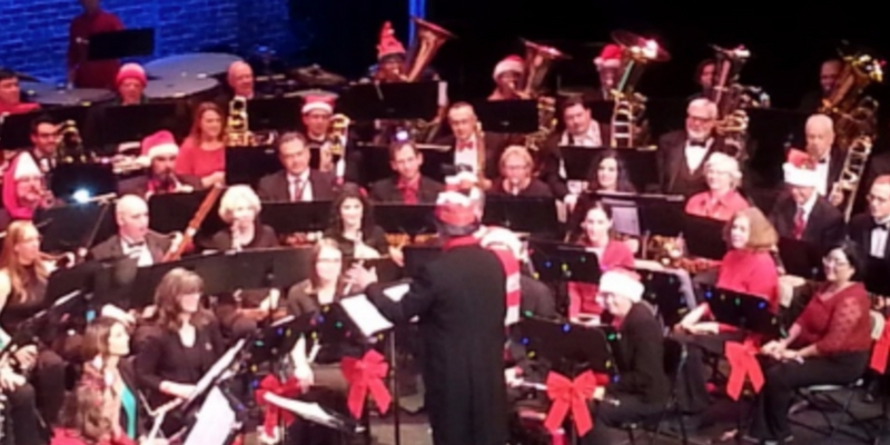 Albuquerque Concert Band performs for the holidays
