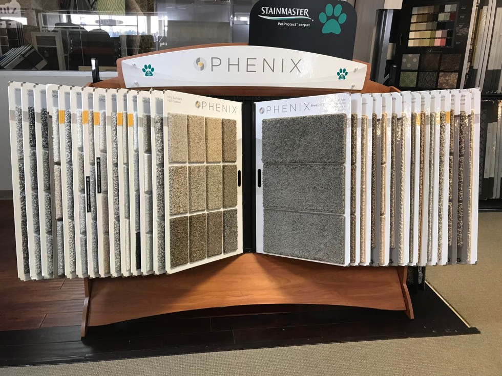 PHENIX-DISPLAY-RACK