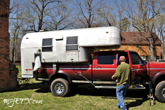 Air Stream Camper_Caddo