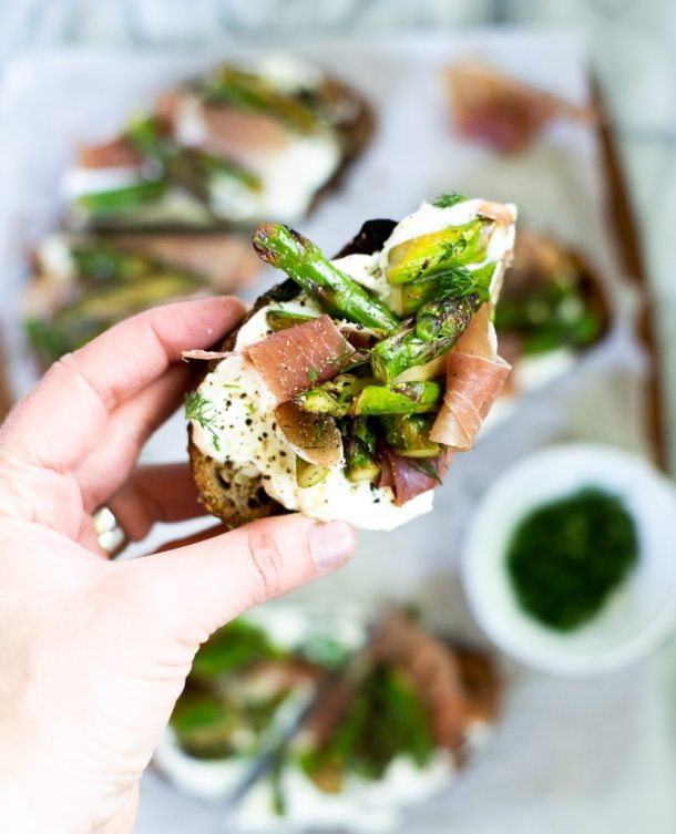 sautéed asparagus tartine