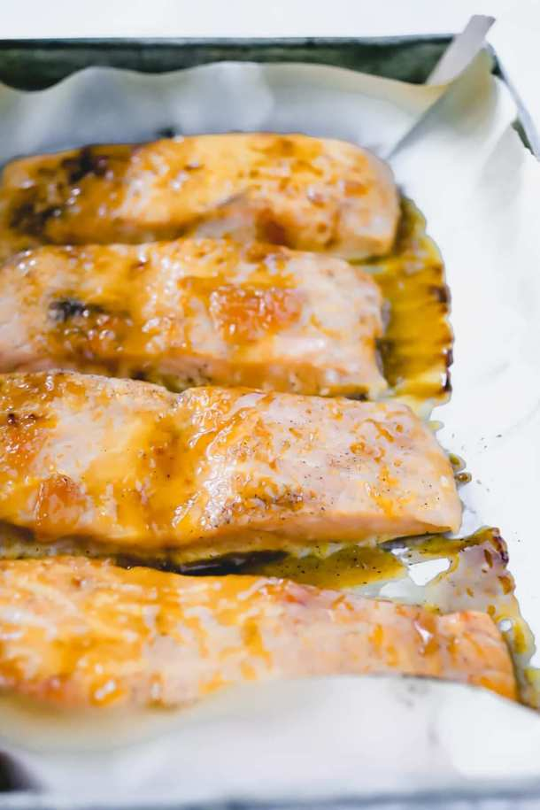 apricot glaze for salmon - baked in pan