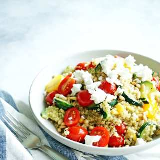 Summer quinoa salad combines the best of summer produce in an easy, nutritious, and produce-filled salad!