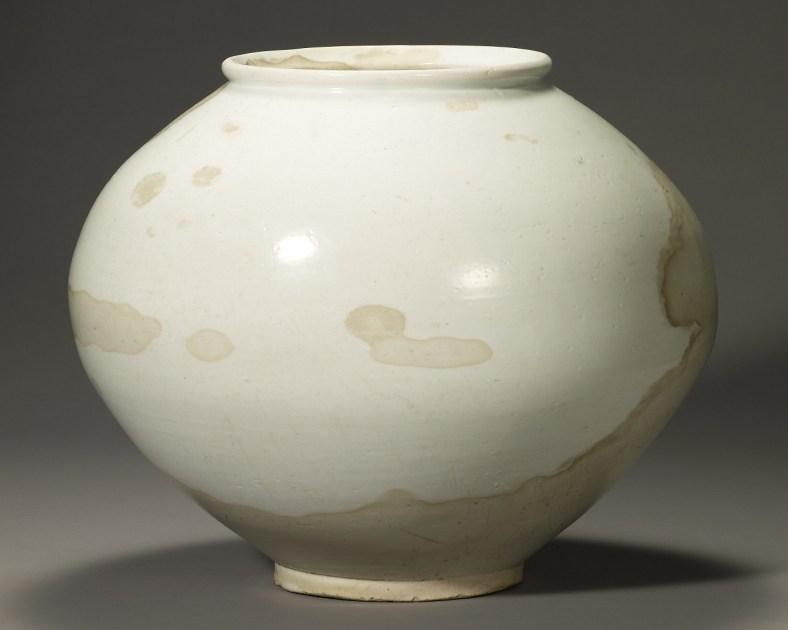 Jarre de lune du XVIIIe siècle. Musée national de Corée. Trésor national.