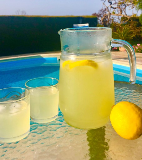 Cyprus Lemonade