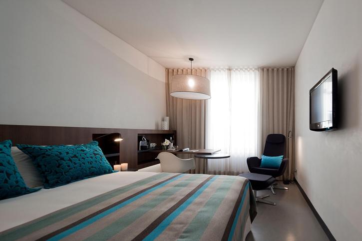 Inspira Santa Marta Hotel - water bedroom