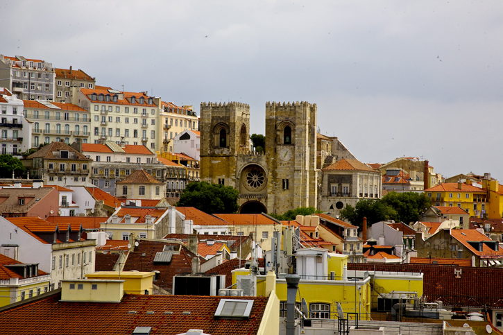 Lisbon Cathedral or the Patriarchal Cathedral of St Mary Major is in the Alfama district of Lisbon. The mass weddings are held here in the Festival of St Anthony (the patron saint of marriage and match making)