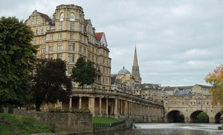 Some of the iconic buildings of Bath - Empire Building and Pulteney Bridge