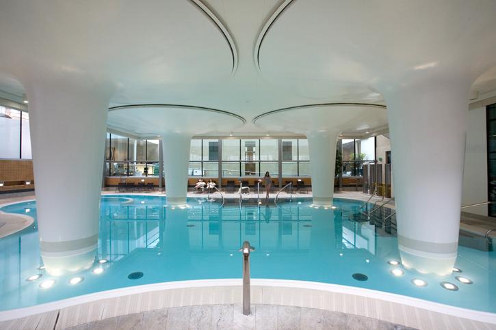 Thermae Bath Spa – Minerva Bath (indoor image – courtesy of Thermae Bath Spa)