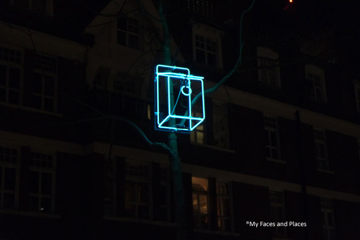 15 Sanctuary - Outline of a bird box in Mayfair.
